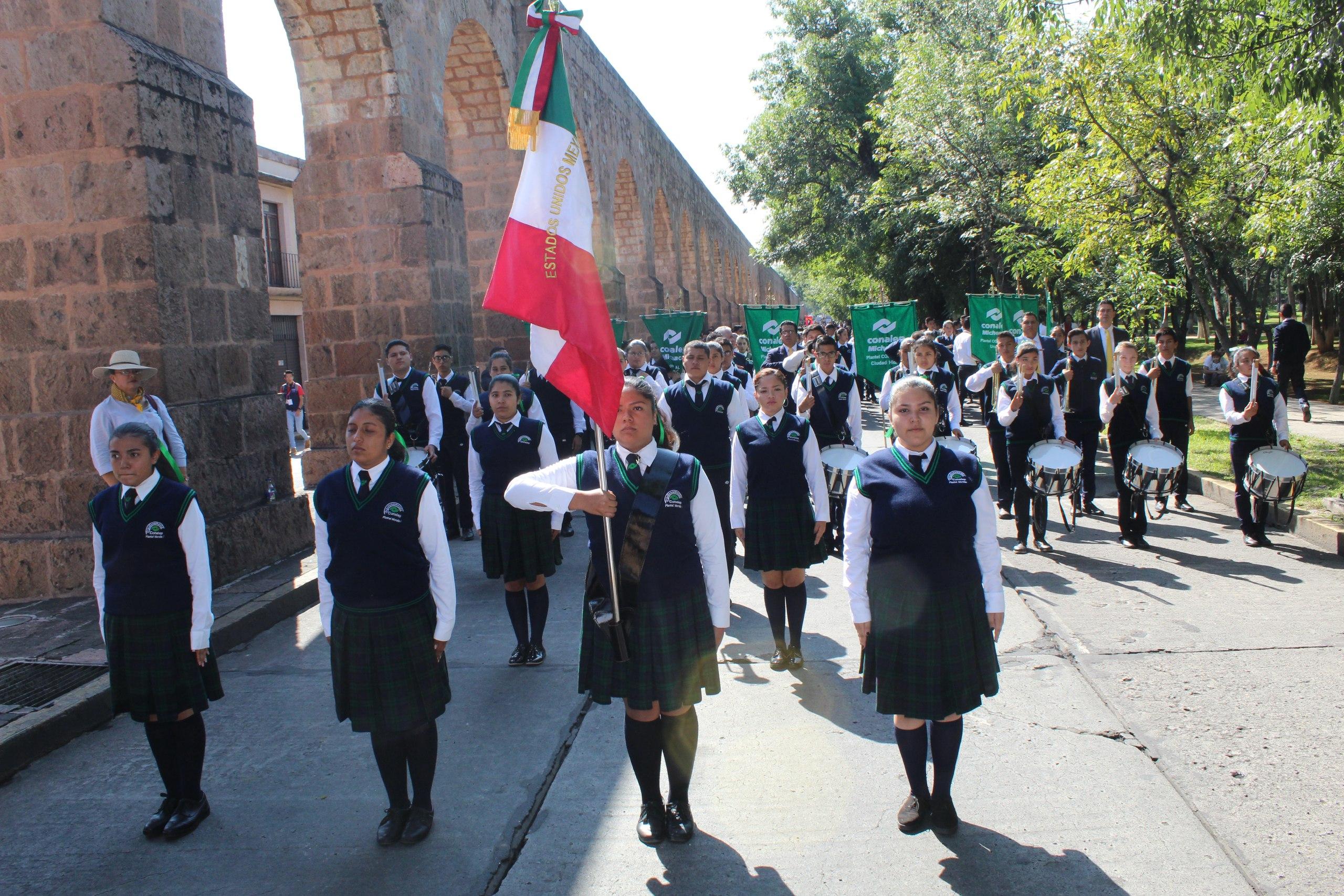 Fomenta Conalep patriotismo entre sus estudiantes